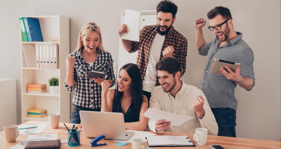 emprendedores-agencia-marketing-digital-1.png